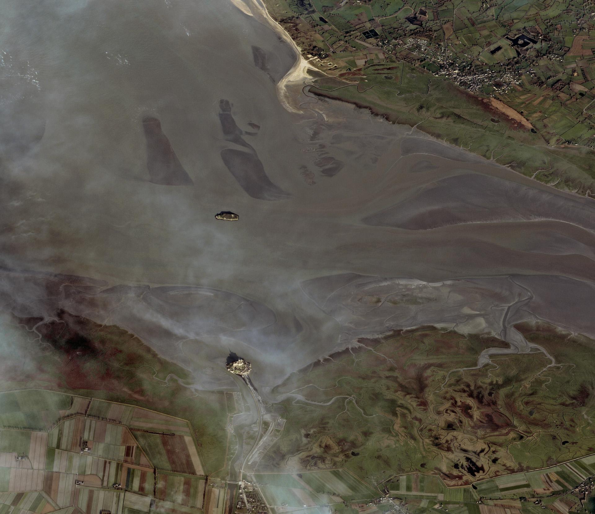 Mont-Saint Michel-Image Copyright CNES 2012/Astrium Services/Spot Image