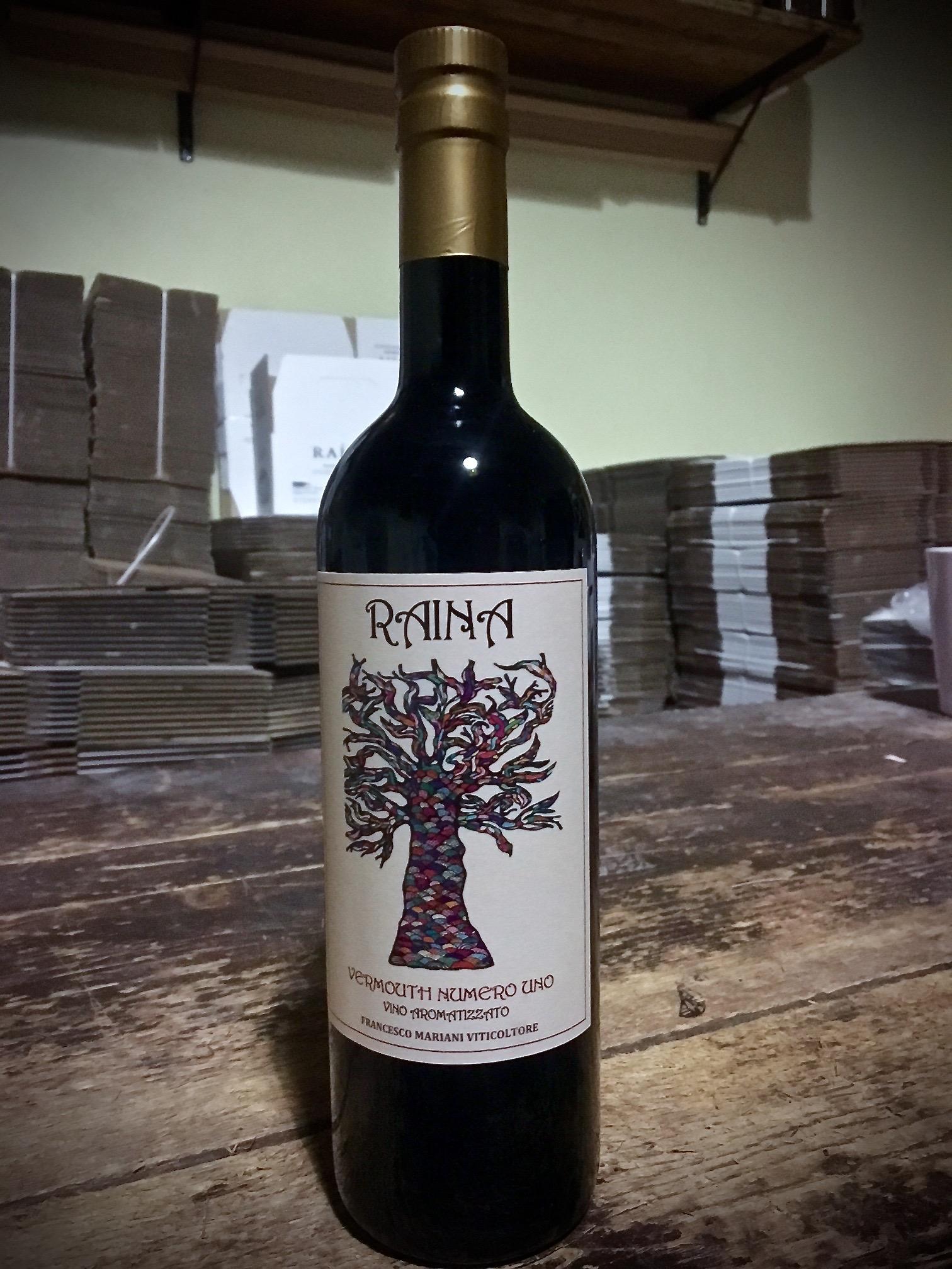 Raina Vermouth No uno.jpg