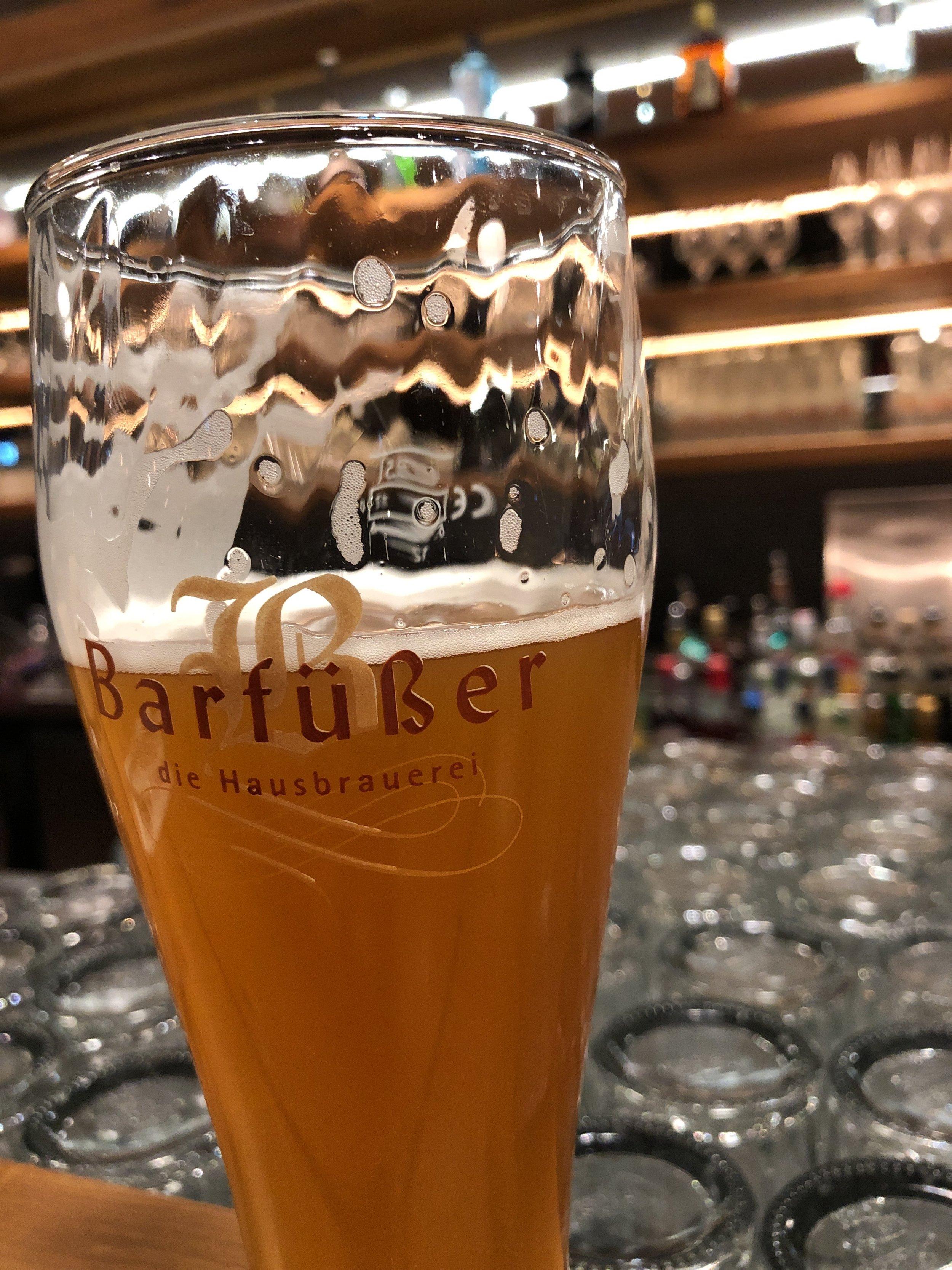 Even een biertje in Duitsland op de heenweg.jpg