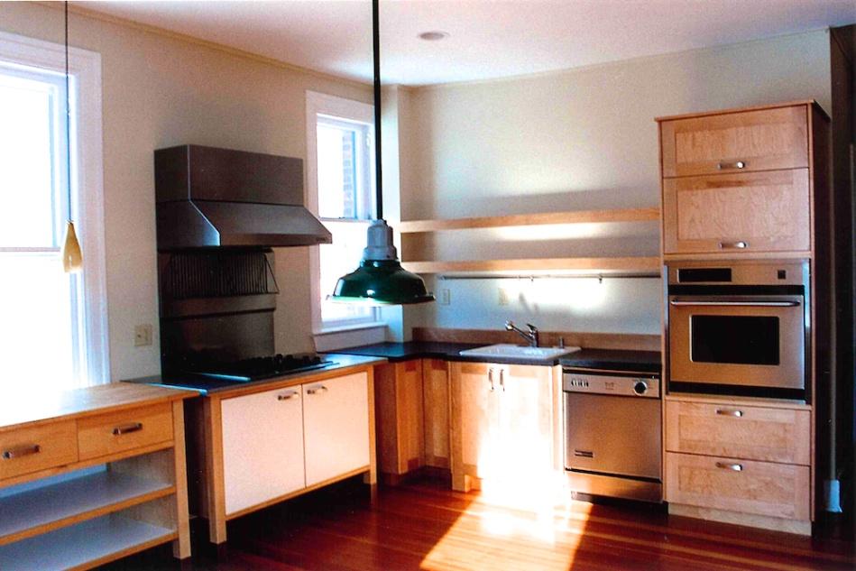 VT-Custom-Kitchen 007.jpg