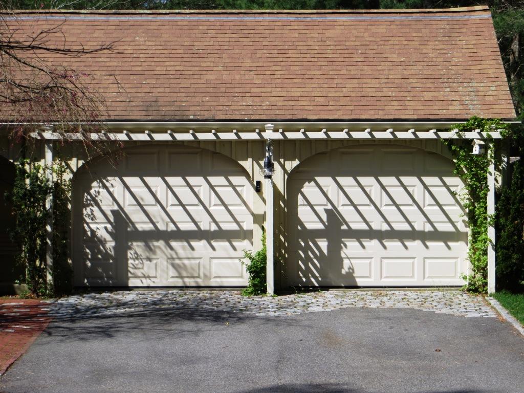 Trellis Shadow02.jpg