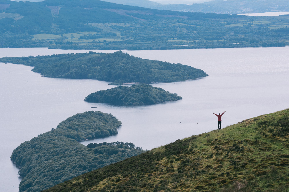 fat-creative-travel-exploring-scotland-by-foot-hike-the-conic-hill-21.jpg