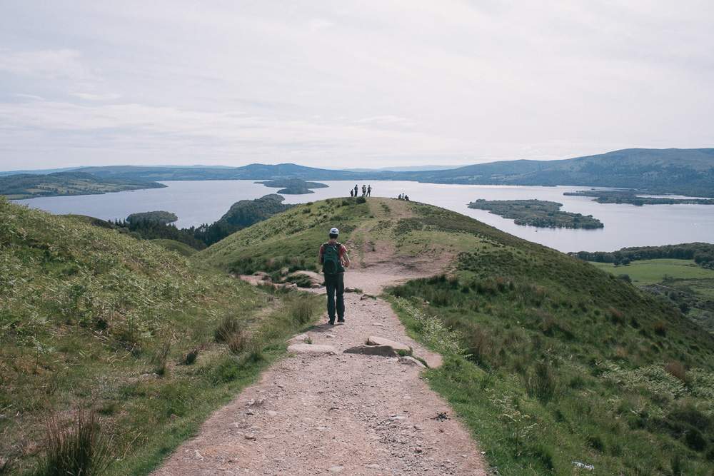fat-creative-travel-exploring-scotland-by-foot-hike-the-conic-hill-13.jpg