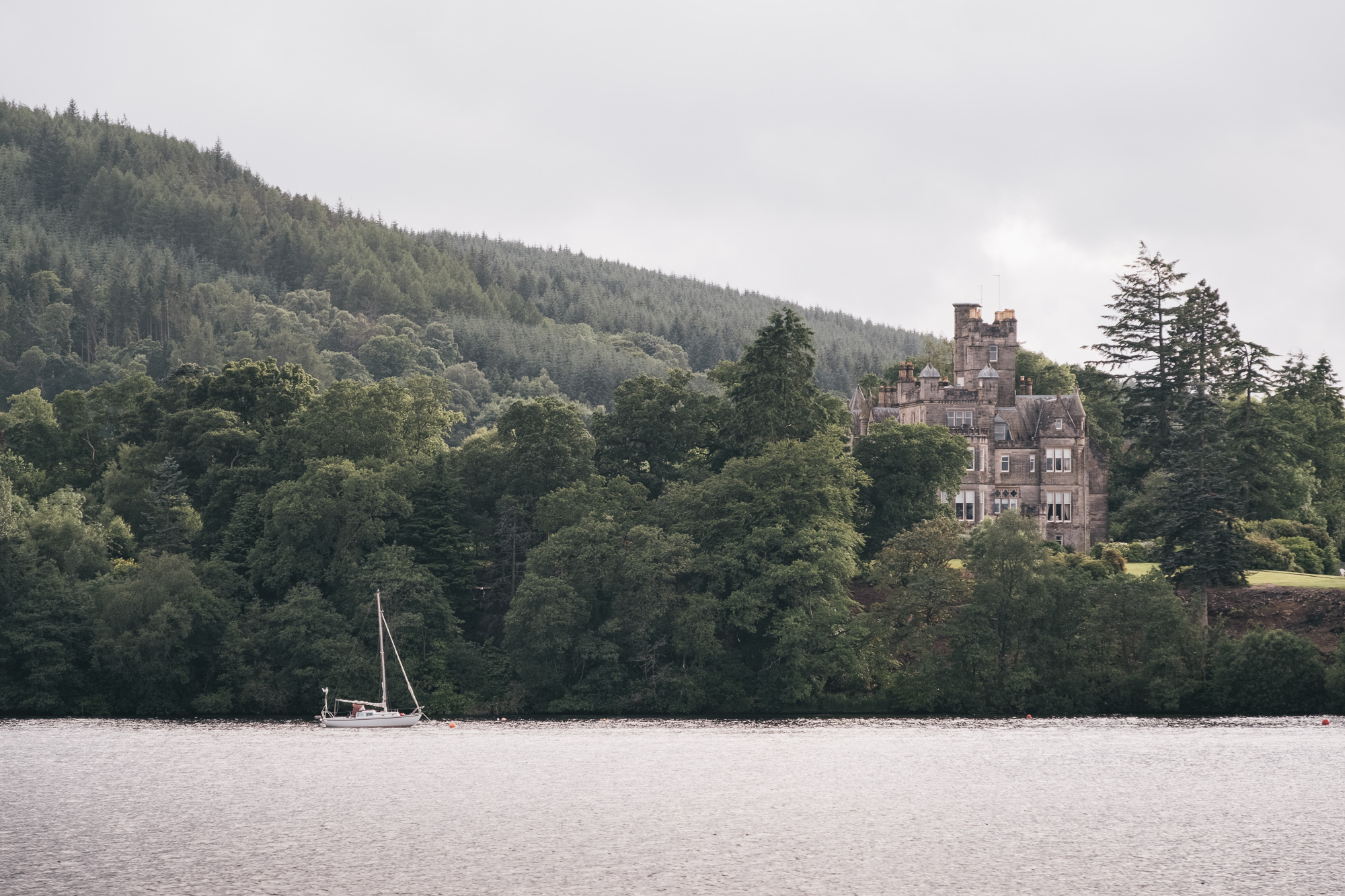 There is so many Mansion Houses dotted around the Loch Lomomd