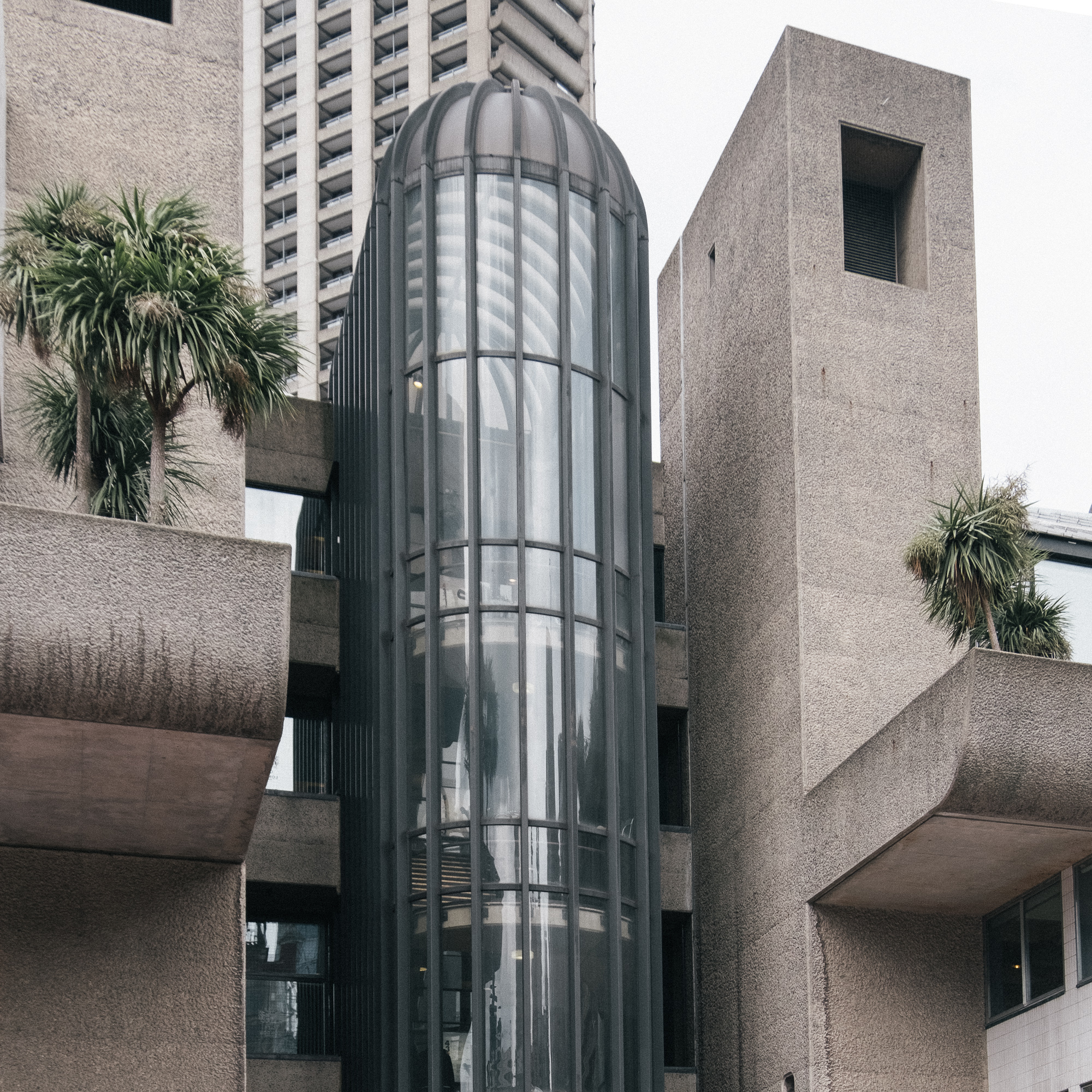 Barbican-brutal-and-beautiful-oasis-in-the-City-of-London-20.jpg