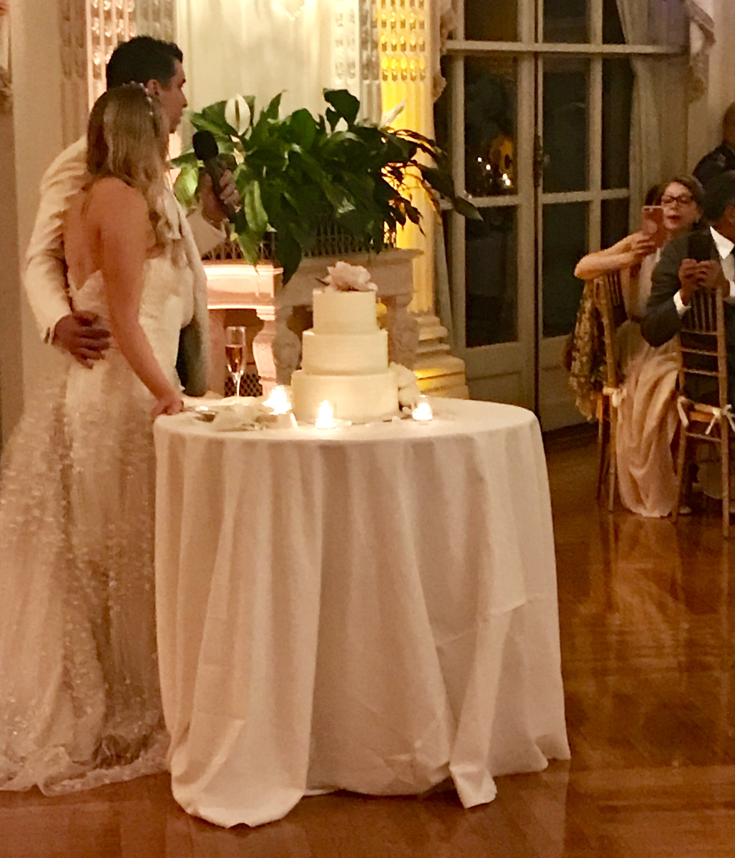 Saturday evening April 13th 2019 DJ Corey Young hosted, provided the music, and wireless led uplighting for this beautiful wedding at Rosecliff Mansion in Newport RI. The Groom and his family were Colombian from Miami FL and the Bride and her family were from Newport RI. It was an elegant night full of great energy and dancing!!!!
