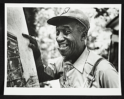 Jimmy Lee Sudduth Image from Archives of American Art, Smithsonian