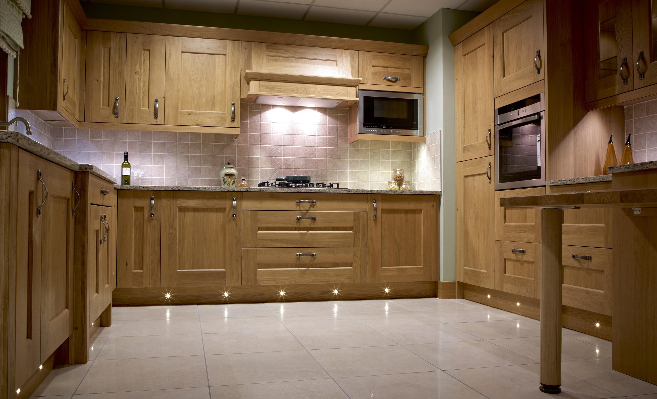 SE10130WW Full kitchen shot.jpg