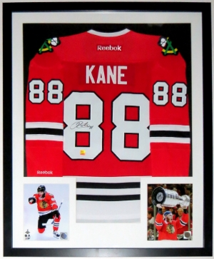 Patrick Kane Signed Chicago Blackhawks Jersey - Frameworth Sports Authenticated - Professionally Framed & 2 Stanley Cup 8x10 Photo 34x42