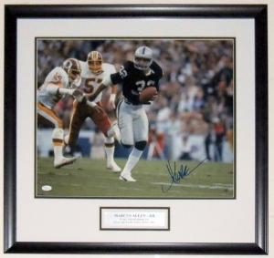 Marcus Allen Signed Raiders 16x20 Photo - JSA COA Authenticated - Professionally Framed