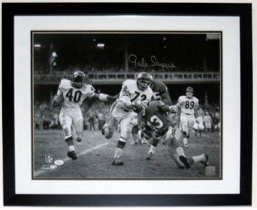 Gale Sayers Signed Chicago Bears 16x20 Photo - JSA COA Authenticated - Professionally Framed