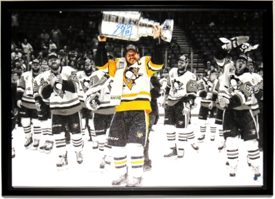 Sidney Crosby Signed Pittsburgh Penguins 2017 Stanley Cup Photo Canvas - Frameworth Sports Authenticated COA - Professionally Framed 34x25