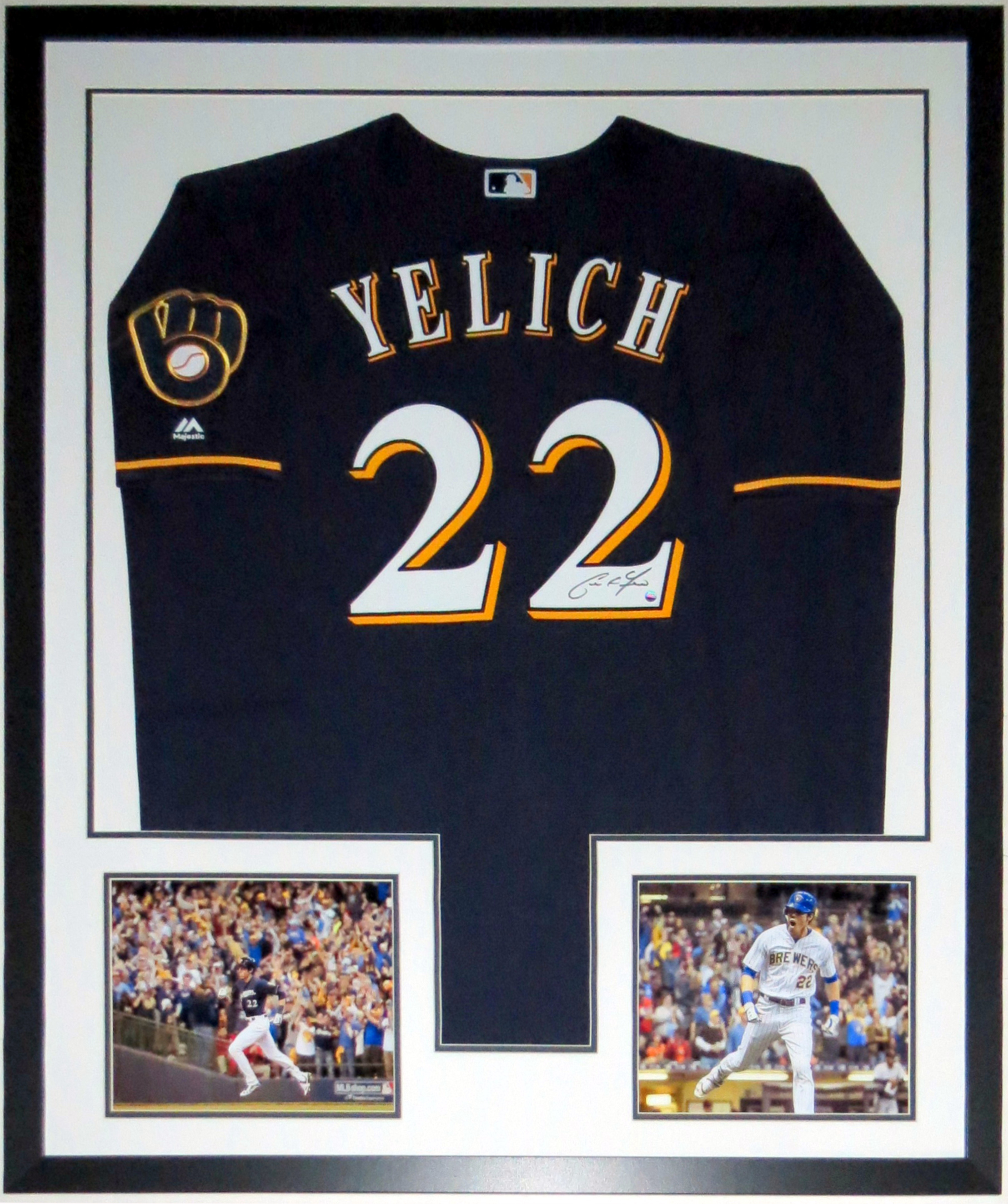 Christian Yelich Signed 2018 Milwaukee Brewers Jersey - Steiner Sports COA Authenticated - Professionally Framed & 8x10 Photo