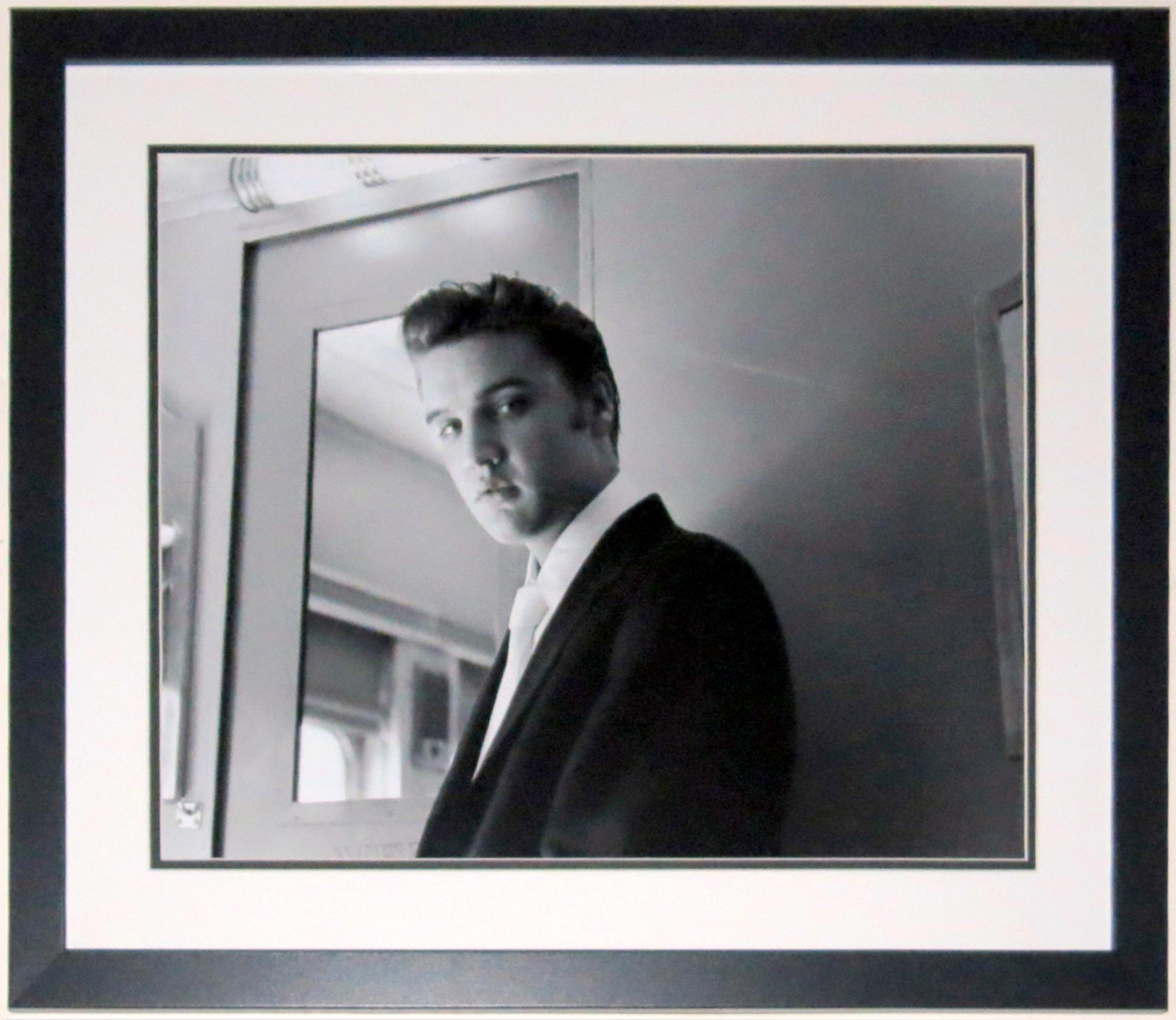 Elvis Presley 16x20 Photo - Professionally Framed