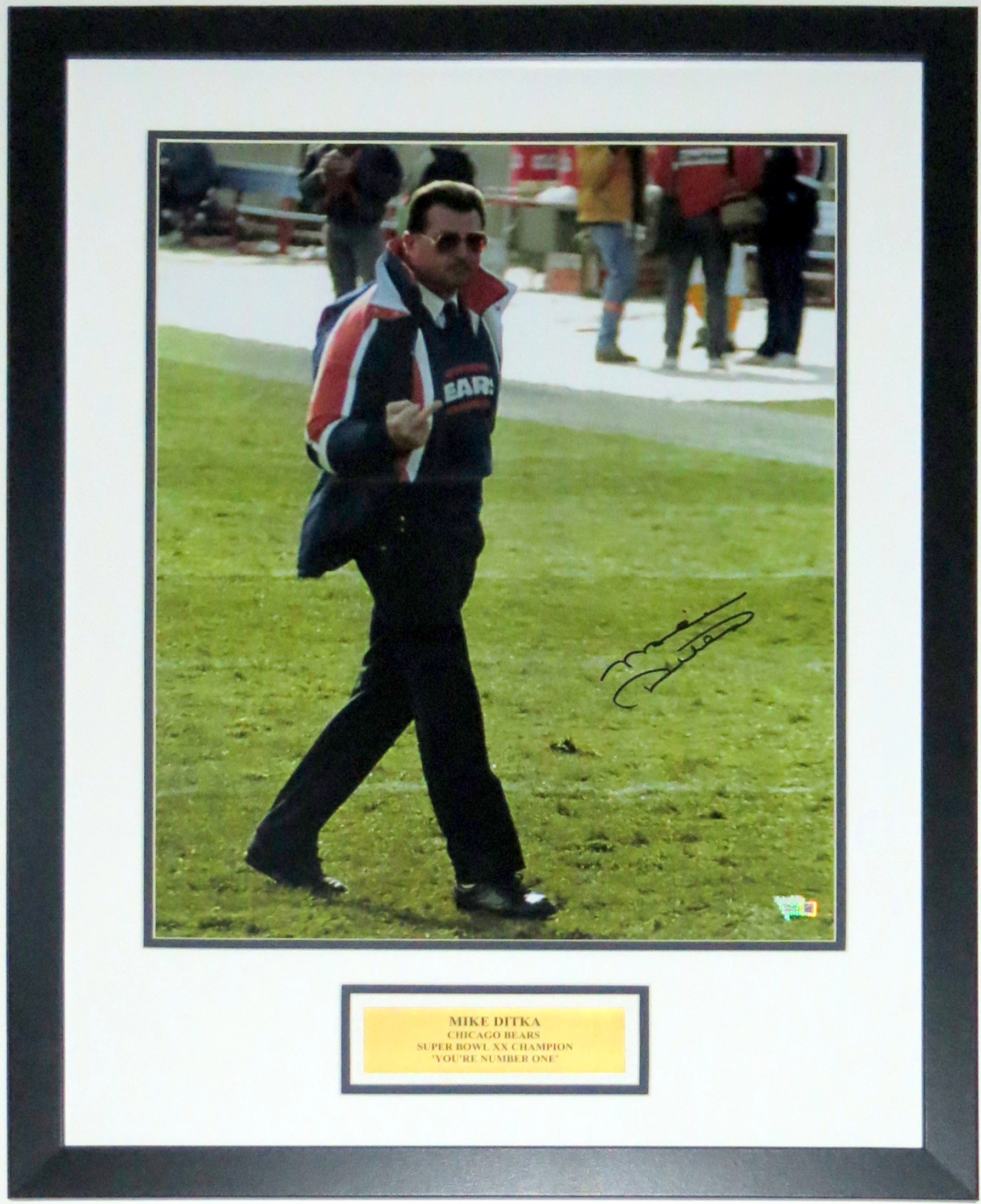 Mike Ditka Signed Chicago Bears Middle Finger 16x20 Photo - Fanatics COA Authenticated - Professionally Framed & You're Number One Plate