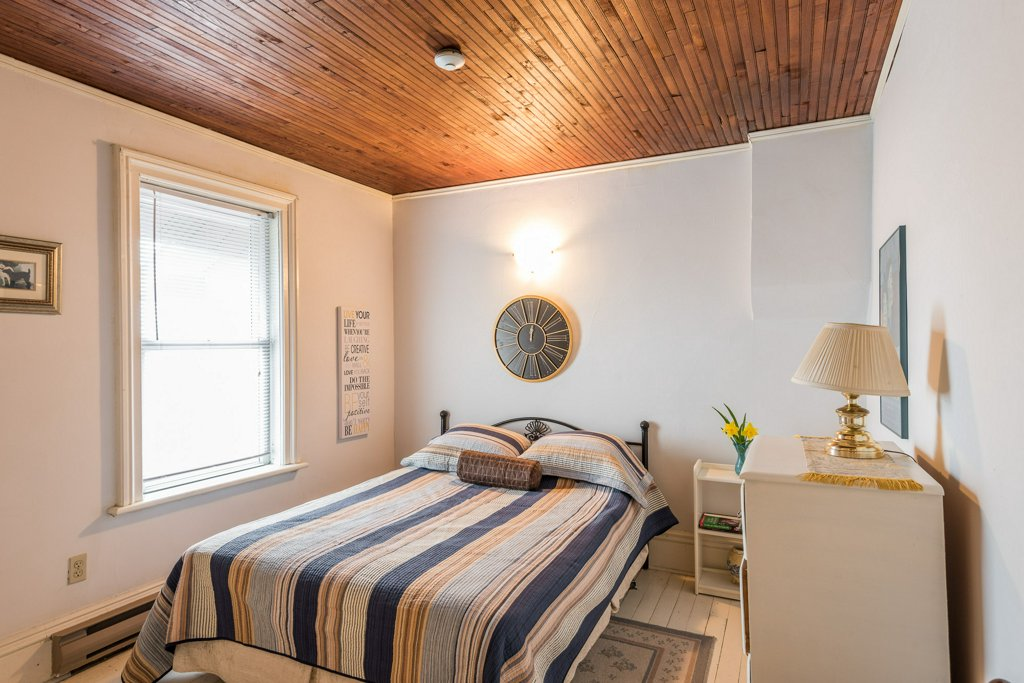 The Young & Taylor Rooms - The Young and Taylor RoomsEach have a queen bed and share a 4 piece bathroom. Includes fridge, coffee maker and air conditioner.Cost: $80.00 / per night plus applicable taxes.