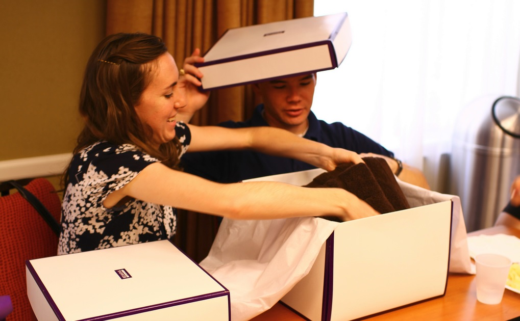 Who doesn't love opening a gift? You should be creating the same feel with your e-commerce shipping boxes.