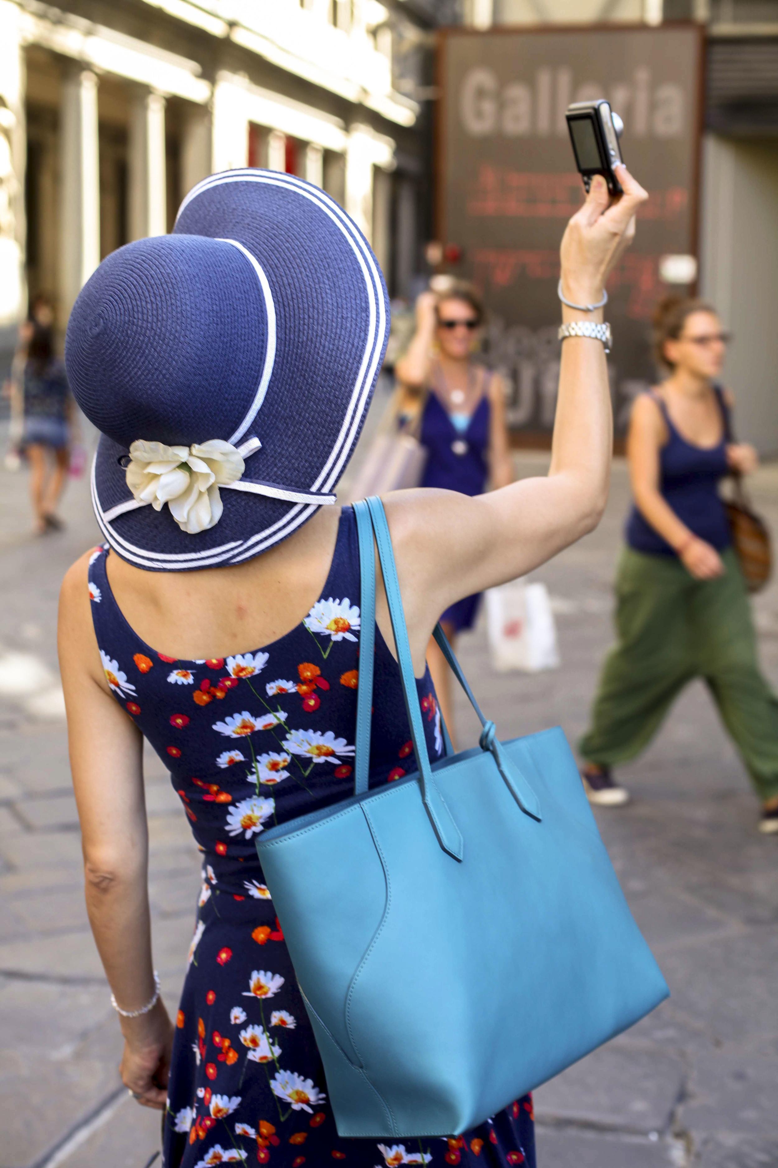 Renee Ricciardi Snapshots Florence Italy_6.jpg
