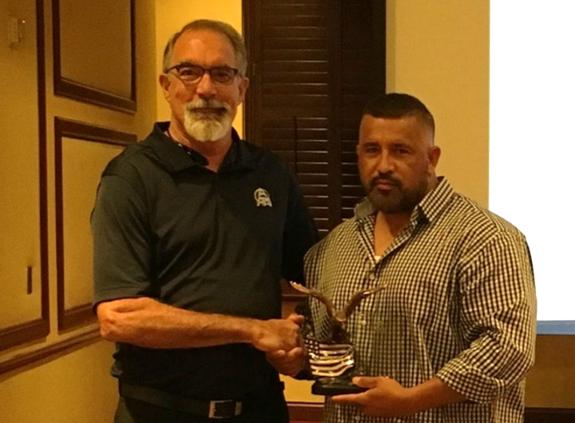 Arturo Diaz - APM Fossil WestPresident's AwardArt (right) pictured with Scott Ranaldi, Fossil West Director