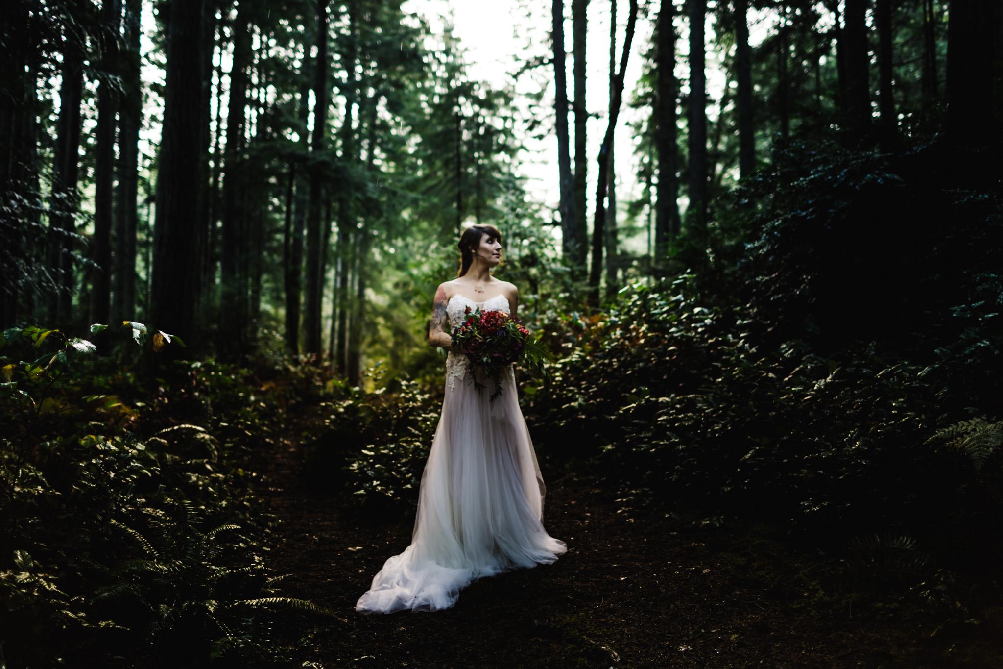 DannieMelissaWit_AbeillePhotography.com_BARE_Bridal_COLLABORATION-70.jpg