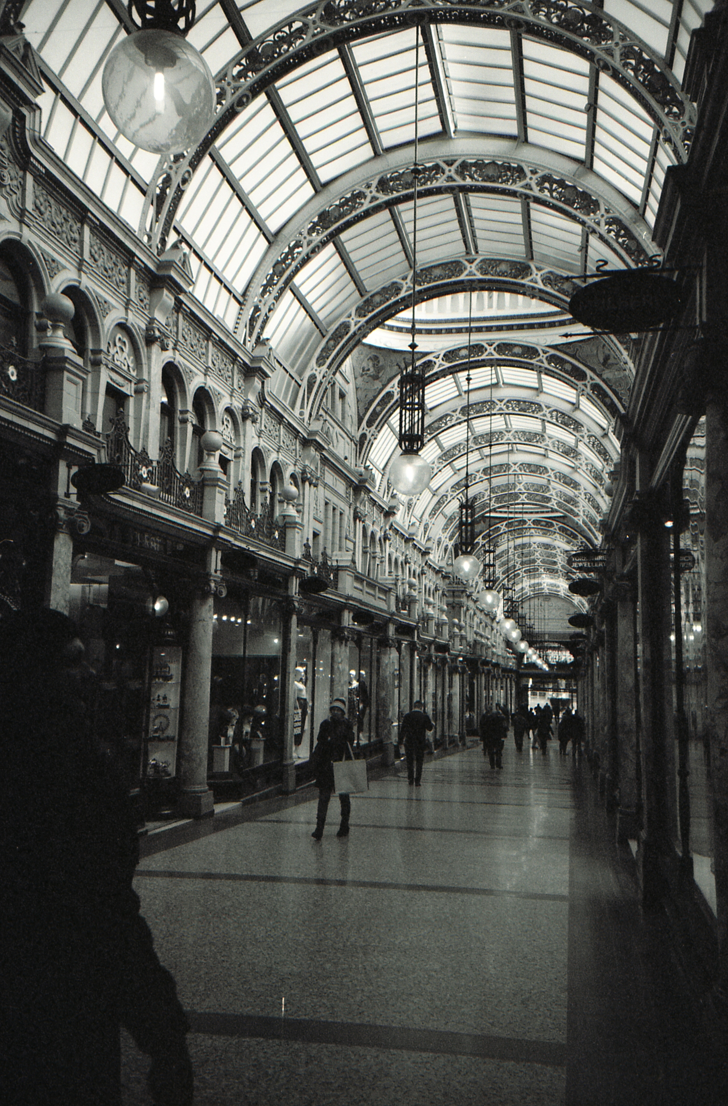 34/366 - I went back to the Victoria Quarter to see what it would look like in black and white. It did not disappoint.