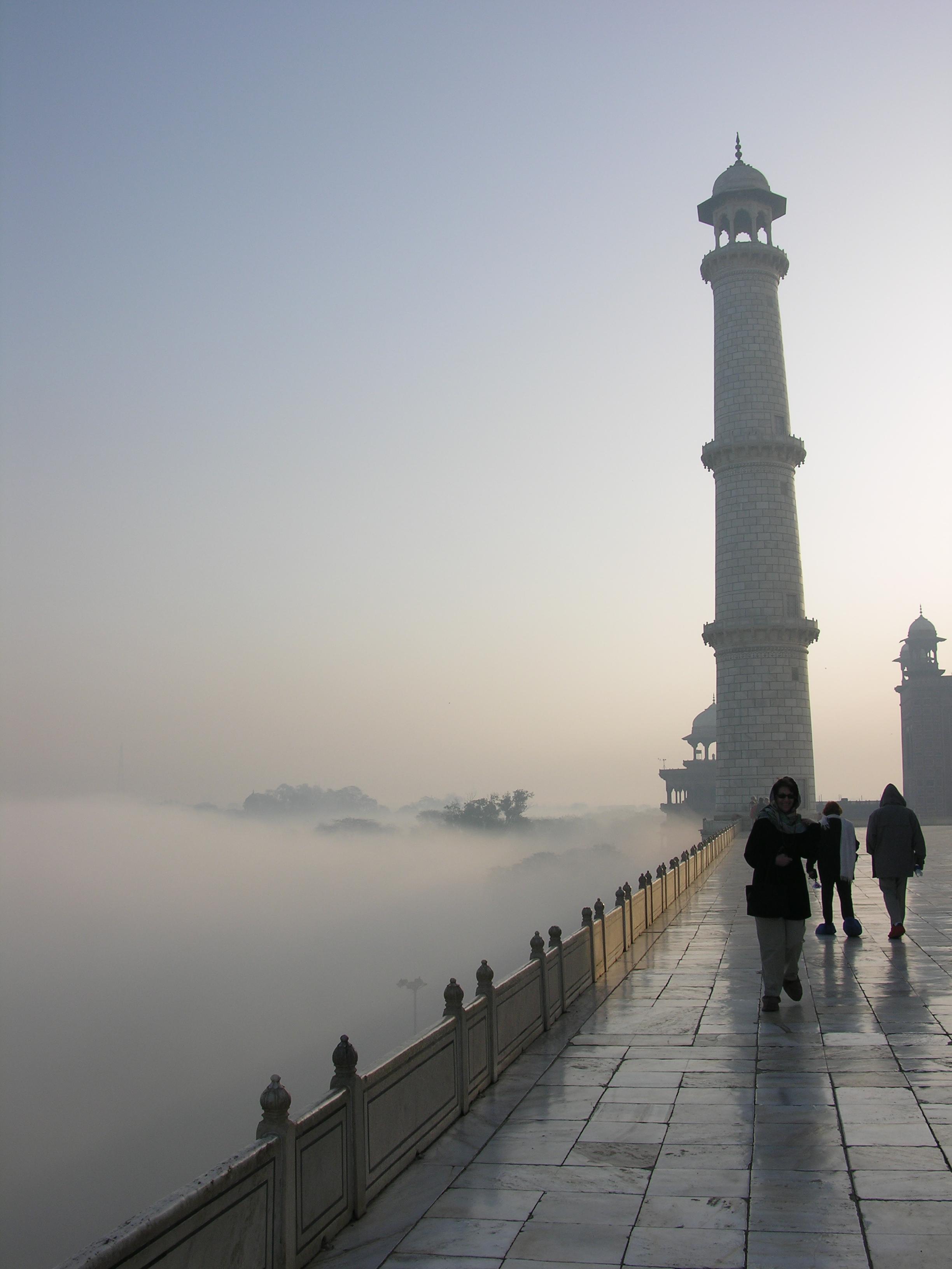 Mist at the Taj Photo credit: Sanjay Chatterji