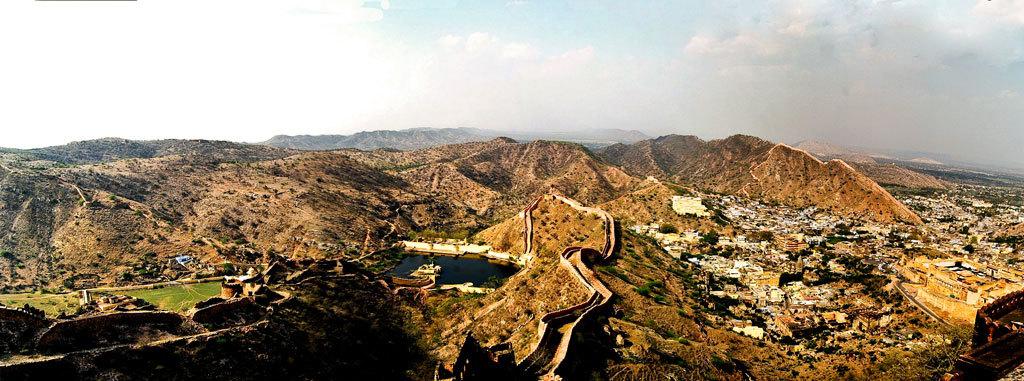 View from Jaigarh Fort, Jaipur Photo credit:  Prakash Chakraborty
