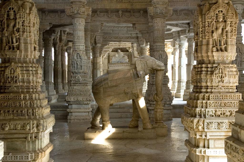 Jain temple, Ranakpur Photo credit:  Paul Asman and Jill Lenoble