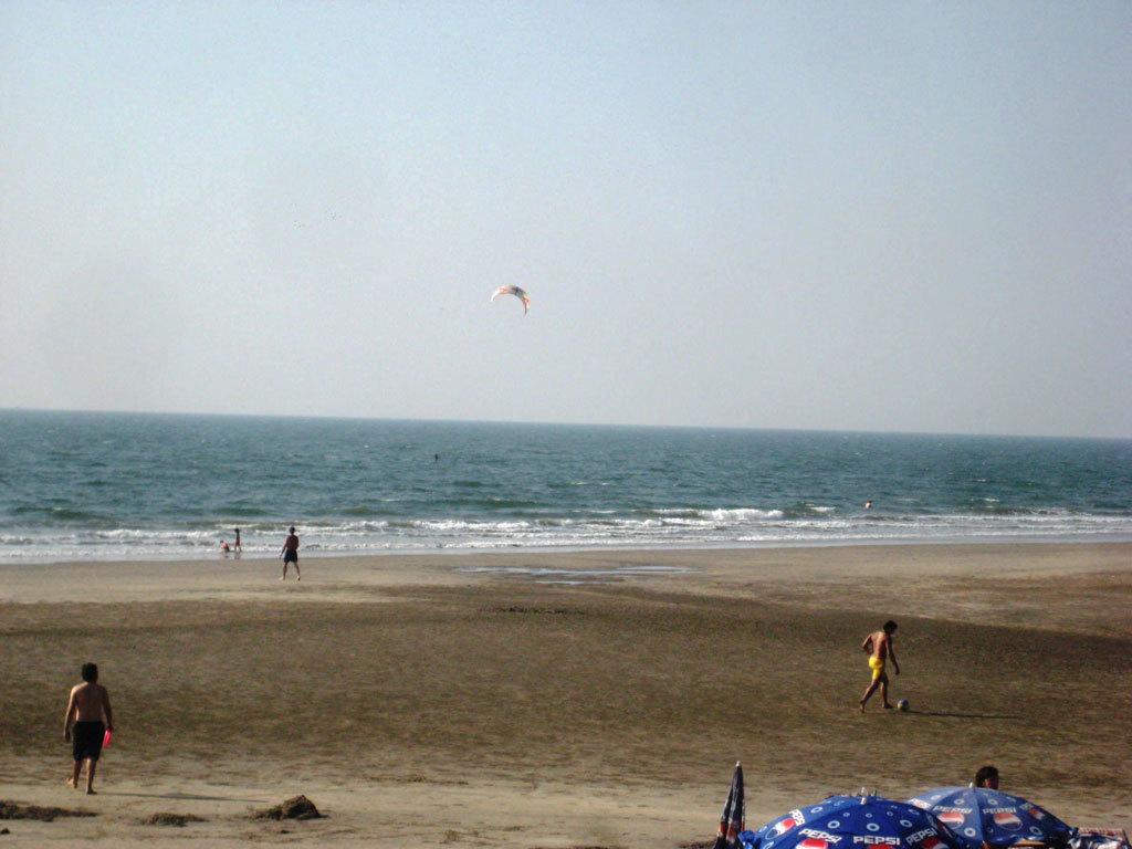 Ashwem Beach Photo credit: Tanya Viegas