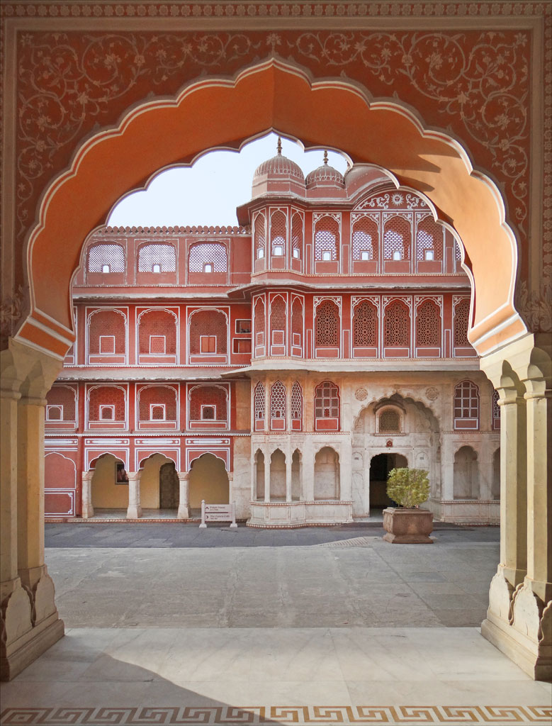 City Palace Museum, Jaipur   Photo credit:   Jean-Pierre Dalbéra