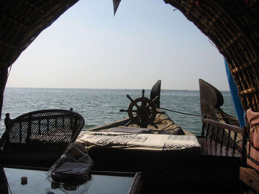 Kerala houseboat   Photo credit:  pravin.premkumar