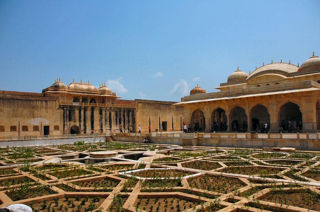 Amber Fort, Jaipur Photo credit:  Russ Bowling