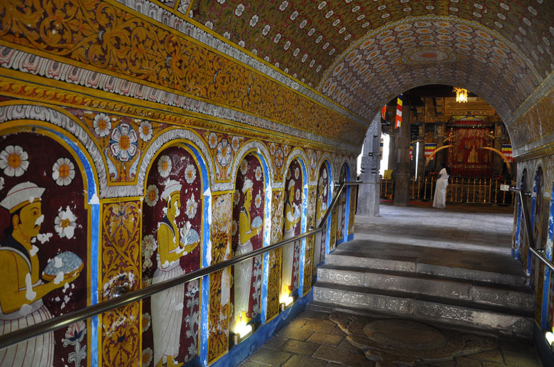 Temple of the Sacred Tooth Relic, Kandy Photo credit:  Jorge Láscar