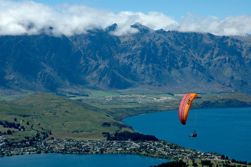 Paragliding over Queenstown Photo credit:  Peter Harrison