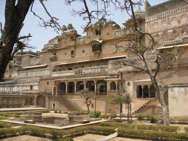 Bundi Palace Photo credit:  taylorandayumi