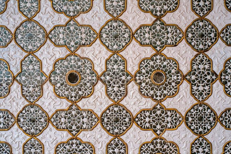 Inlay work with gem stones at Amber Fort, Jaipur Photo credit:  C.K. Tse