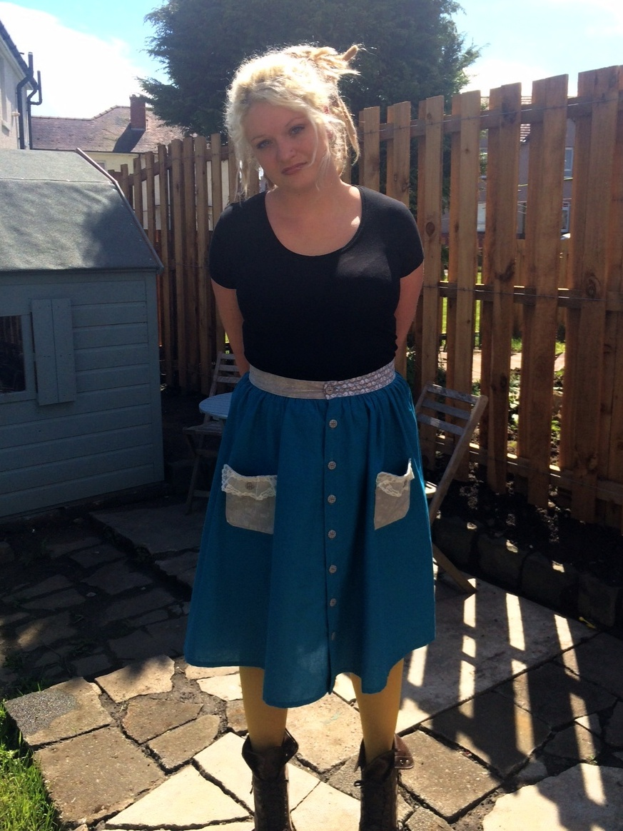 Laurie in her vintage inspired skirt