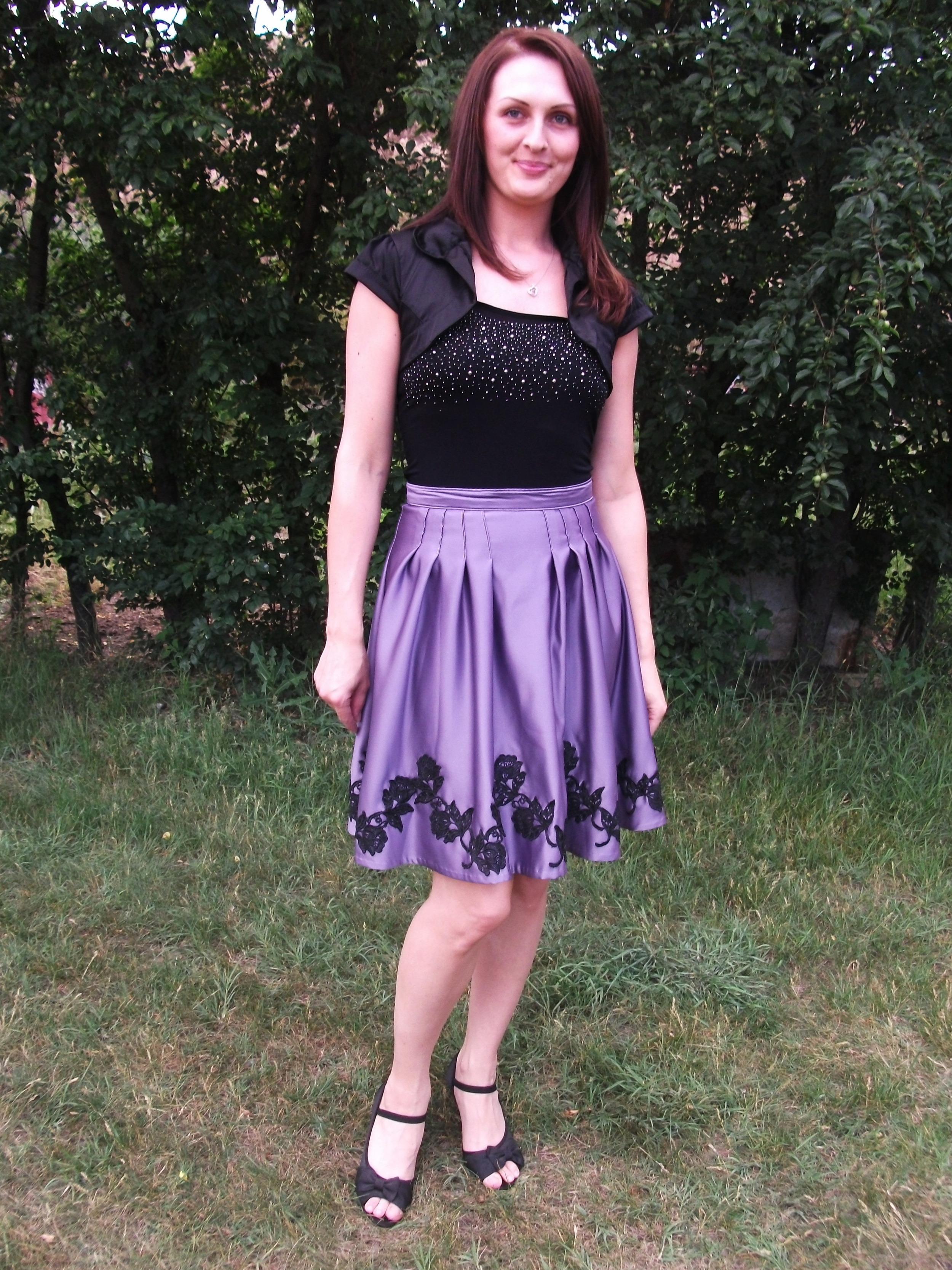 Eva in her satin skirt