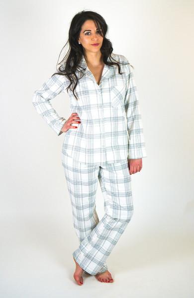 Carolyn_pajamas_pattern-9_fabd5530-2a96-4ec0-a8fb-03be1b6cbc5b_grande.jpg
