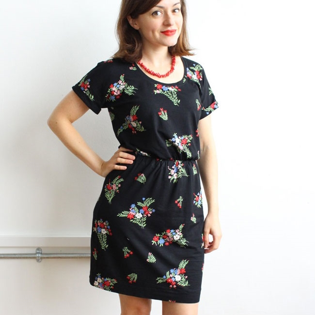 Jersey_Bettine_dress_sewing_pattern_4.jpg