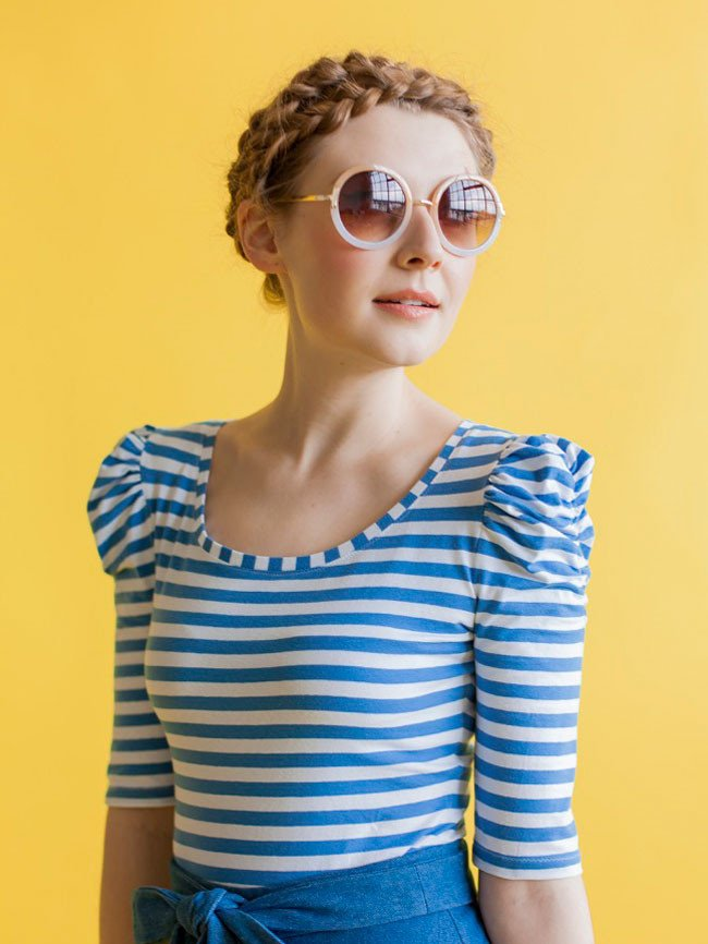 AGNES TOP  by Tilly & The Buttons  Agnes is a close-fitting jersey top, speedy to sew and simple to fit, finished with a narrow band at the neckline. Choose from long or cropped sleeves; plain or ruched sleeves; scoop neckline or ruched sweetheart neckline - eight possible combinations.