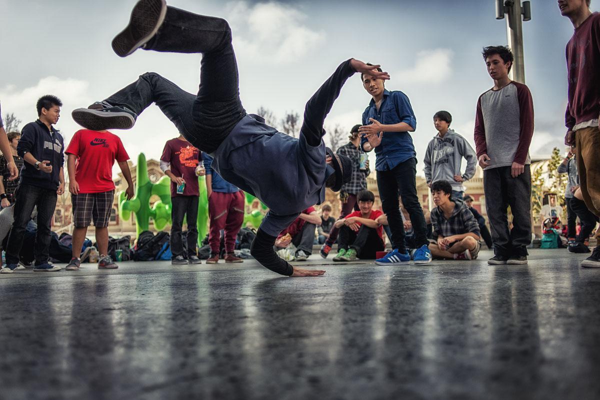 Break-Dancers, Perth, Western Australia - Piotrek Ziolkowski, 2013. Click for a full scale image.