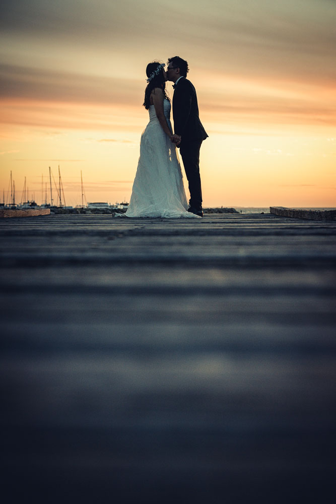 """Super cool Fremantle wedding at the Kidogo Art House/ Ethan and Rachel. Kidogo is very """"Freo"""" wedding venue with awesome views and I happen to live just 5 minutes from it :) All my secret spots for wedding photos are within the walking distance."""