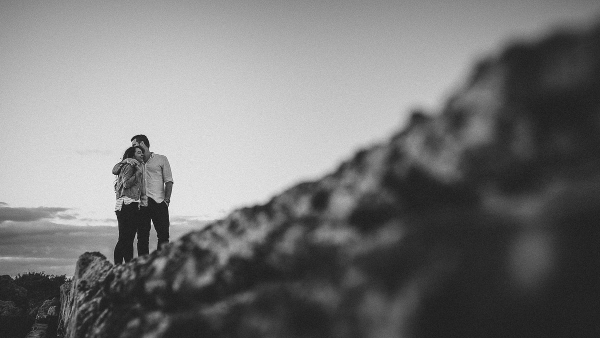 Natural and relaxed engagement photography Fremantle