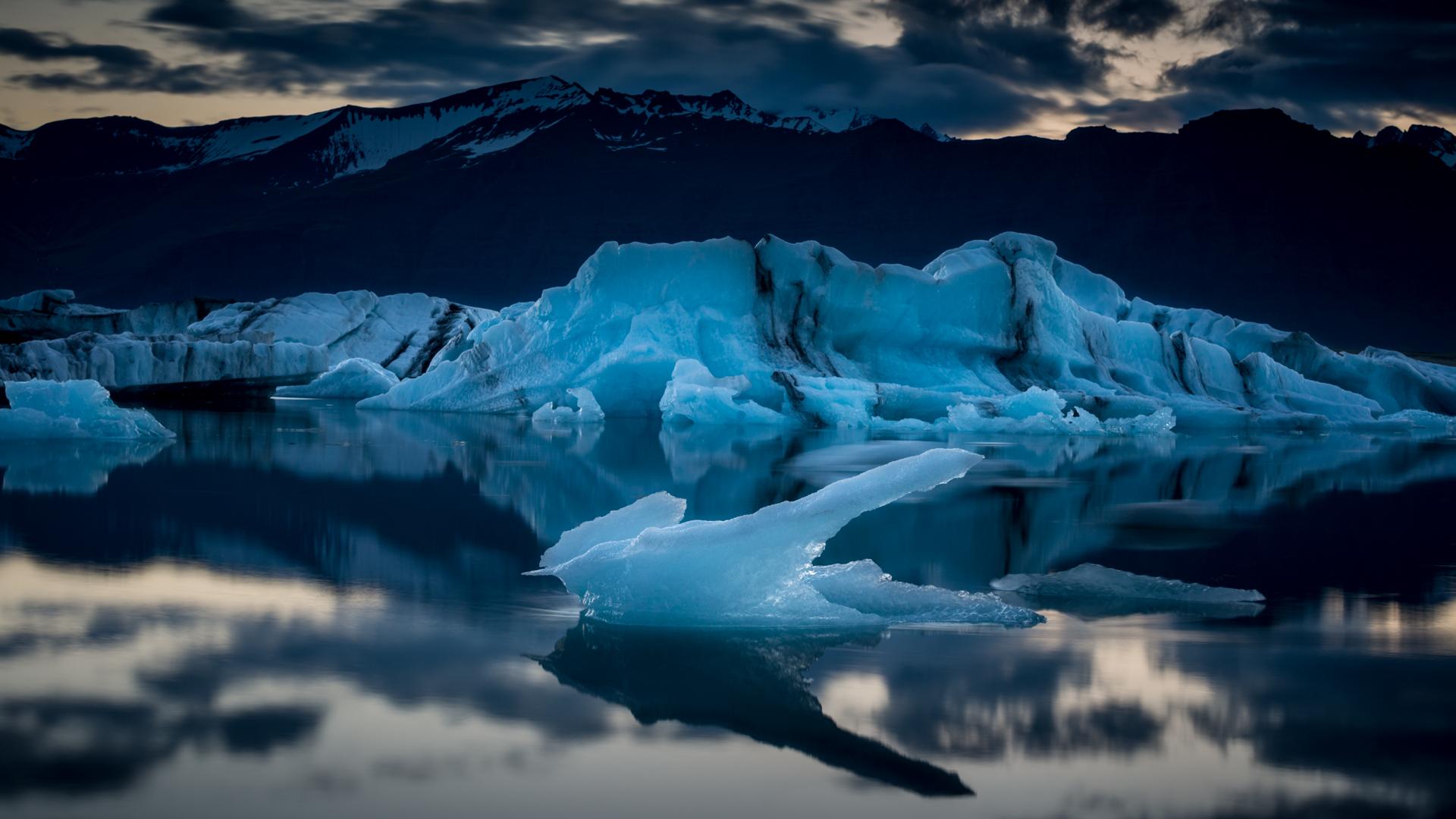 Iceberg_2.jpg