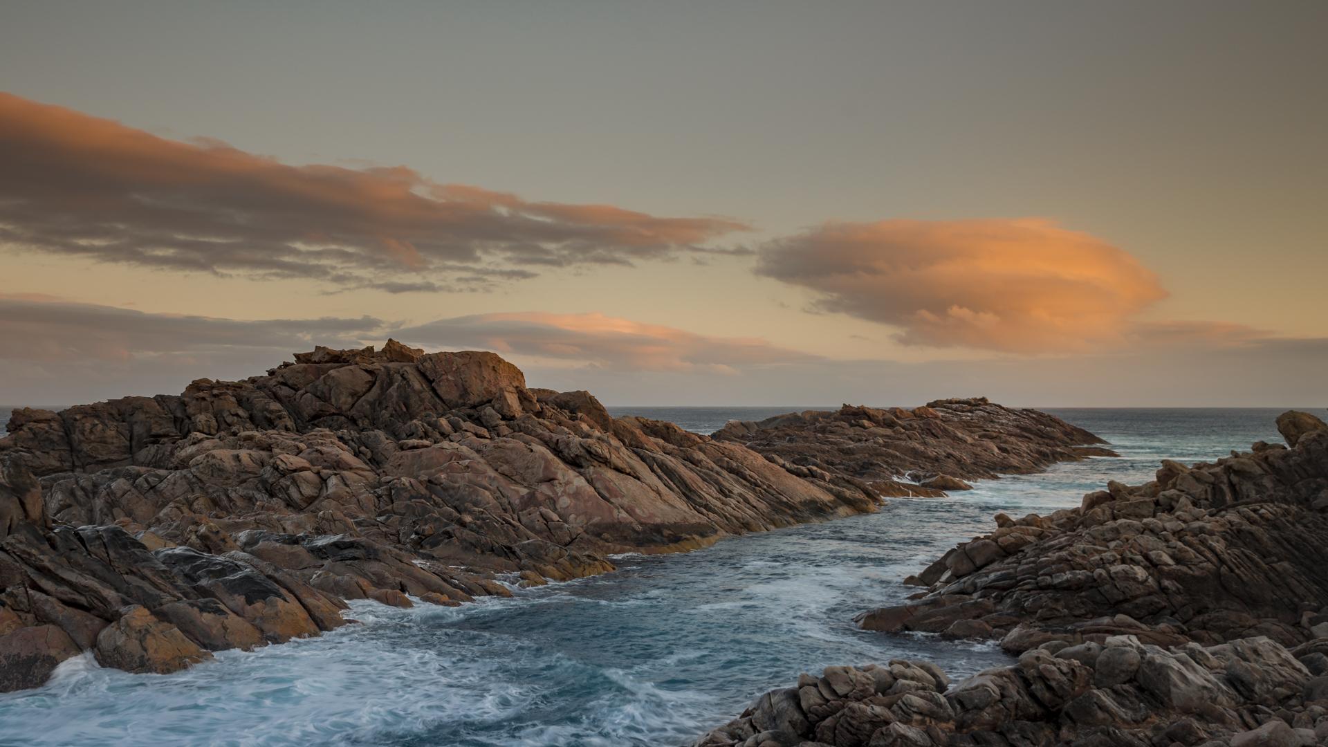 Canal Rocks.jpg