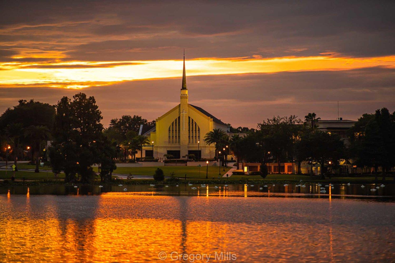 First United Methodist Church in Lakeland, FL sits on overlooking Lake Morton