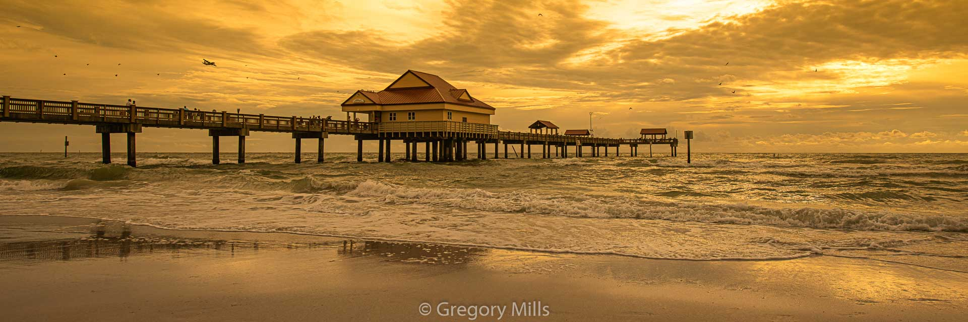 Photography by Gregory Mills of a Sunset at Clearwater Beach Pier 60