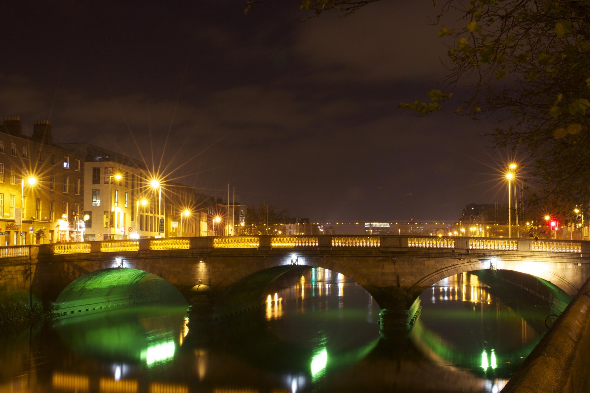 Dublin At Night - Grattan Bridge