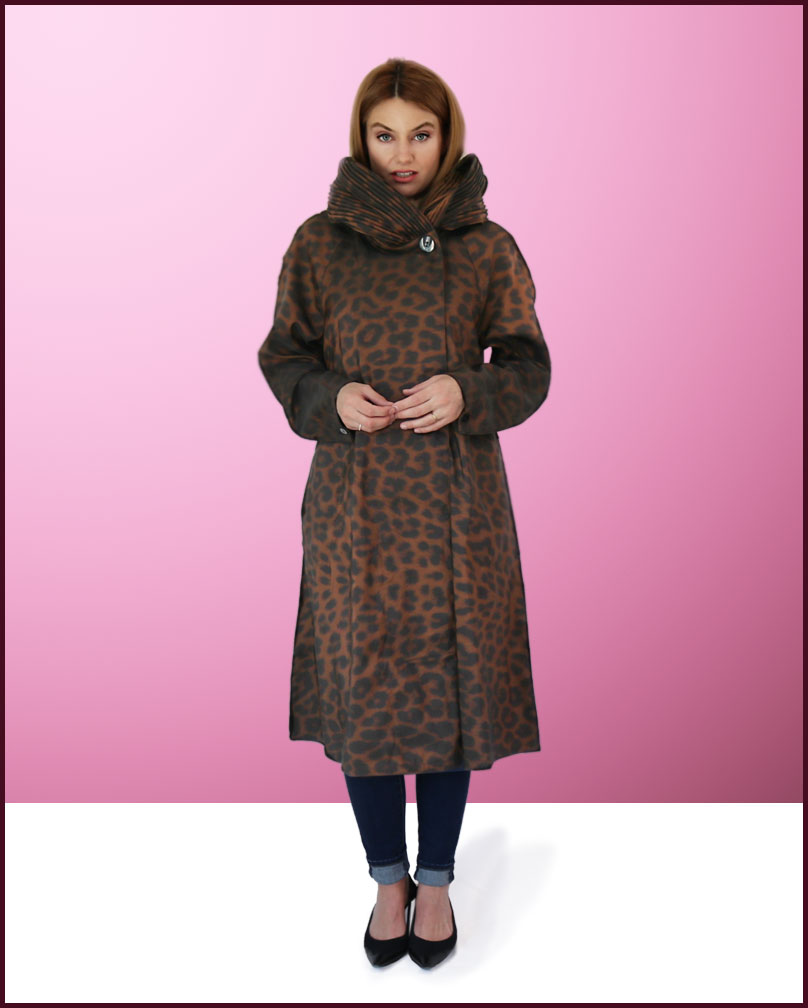 Mycra Pac Donatella Leopard Print Tea Raincoat